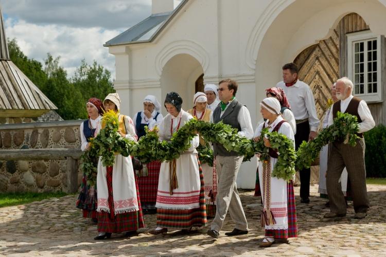 Rugpjūčio 15 d. Lietuvos liaudies buities muziejuje Rumšiškėse vyks Žolinės šventė. Kviečiame apsilankyti!