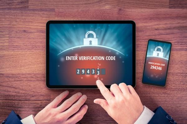 Vien slaptažodžio nepakanka – internete naudokitės dviejų žingsnių apsauga